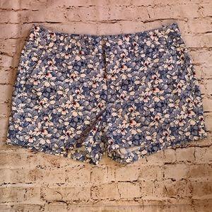 Khakis by GAP floral shorts denim